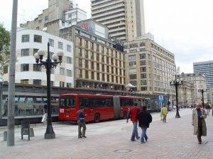 El impuesto vehicular Bogotá sirve para el mantenimiento de sus calles