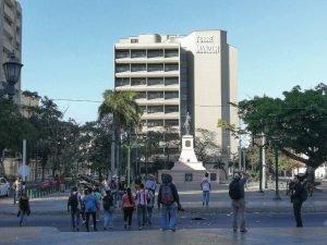 Cerca al Paseo Bolivar se puede expedir la Licencia de Conducción en Barranquilla